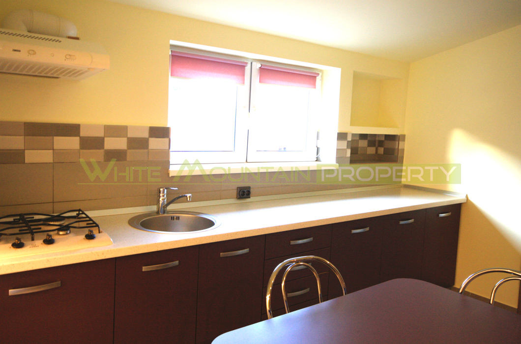 One bed with modern spacious kitchen Racadau