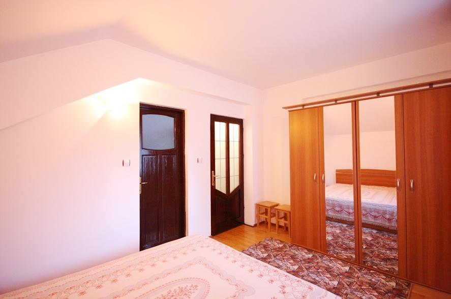Apartament 2 camere la casa in Schei - zona linistita