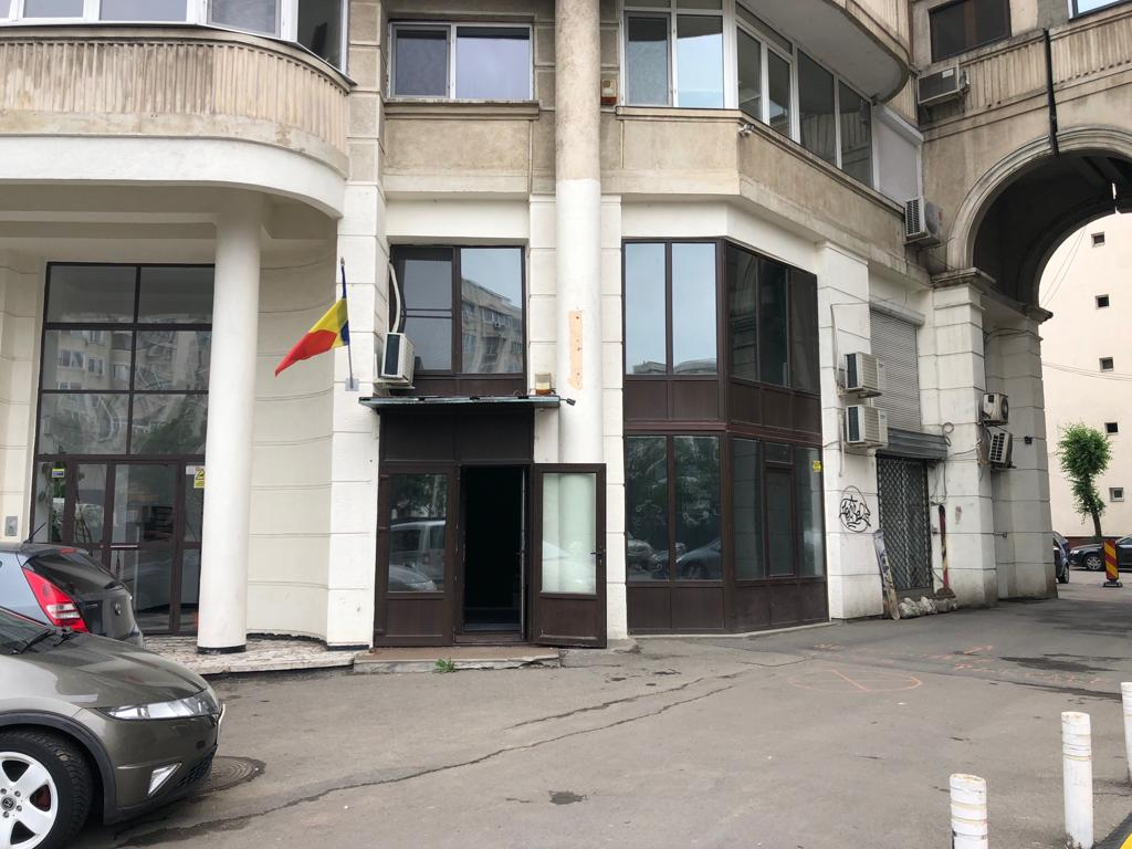 Comercial space / Office for rent in Decebal Boulevard