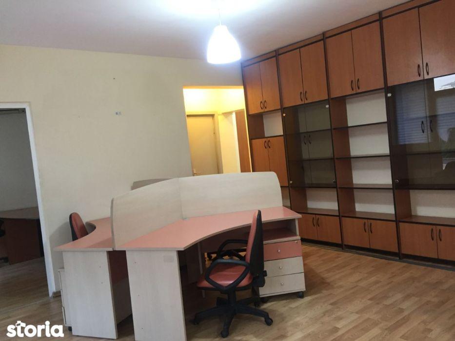 Inchiriere apartament 2 camere Magheru pretabil pentru Birouri