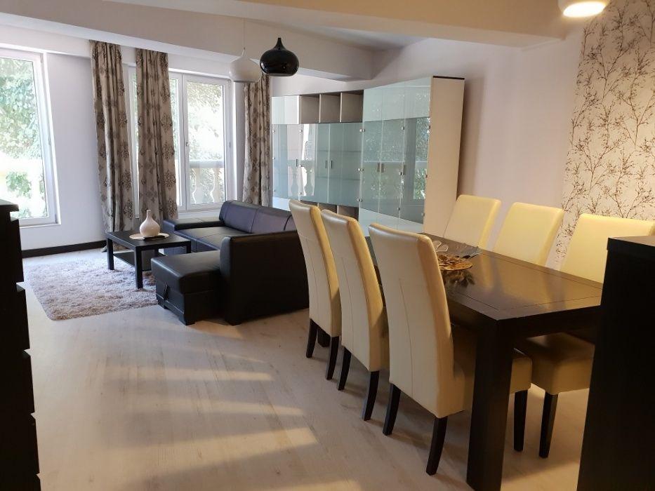 Apartament cu 2 camere de vanzare - Herastrau /  Sat Francez - Persepolis