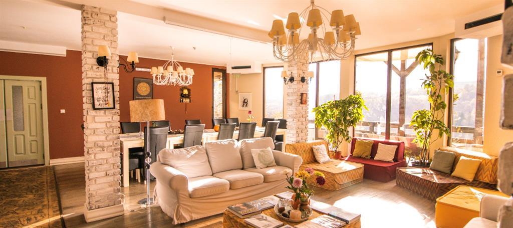 Yoga business si Hotel - centru relaxare de vanzare, Moieciu, BV