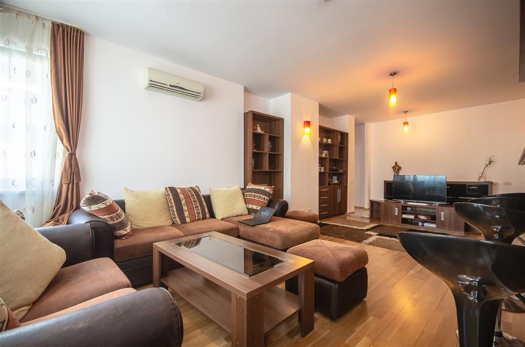 2 bedroom apartment, City Center Residence, negotiable