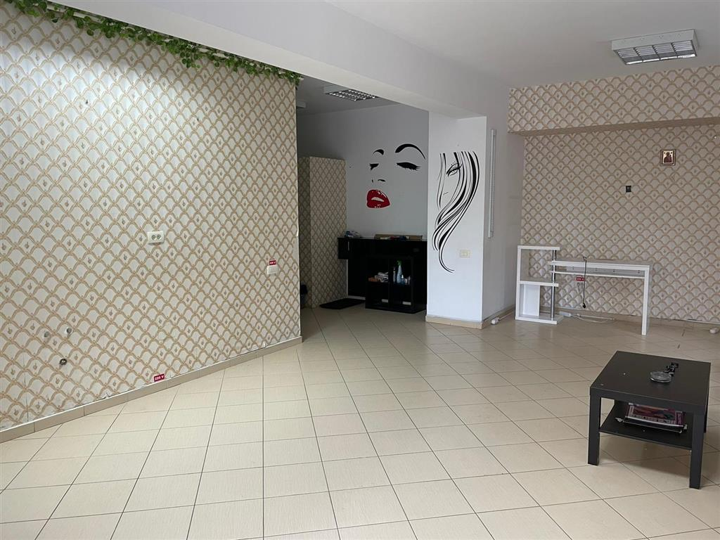 69 sqm commercial space for sale, Militari Residence