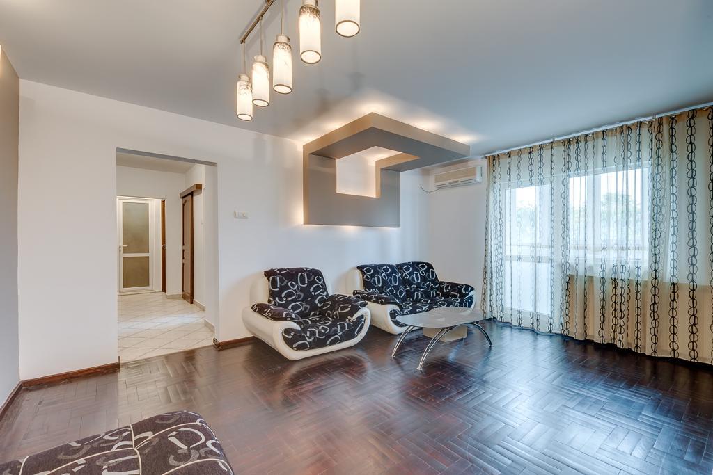 1 bedroom apartment, long term rental, Pta Victoriei