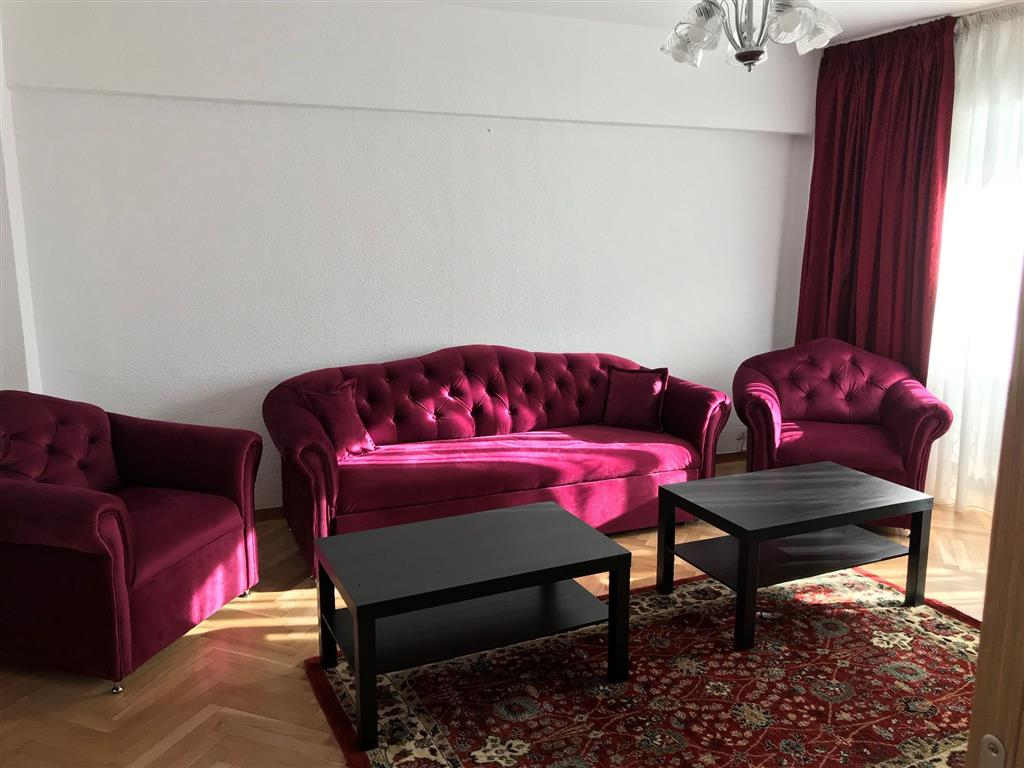 2 bedroom apartment, long term rental, Unirii Blvd