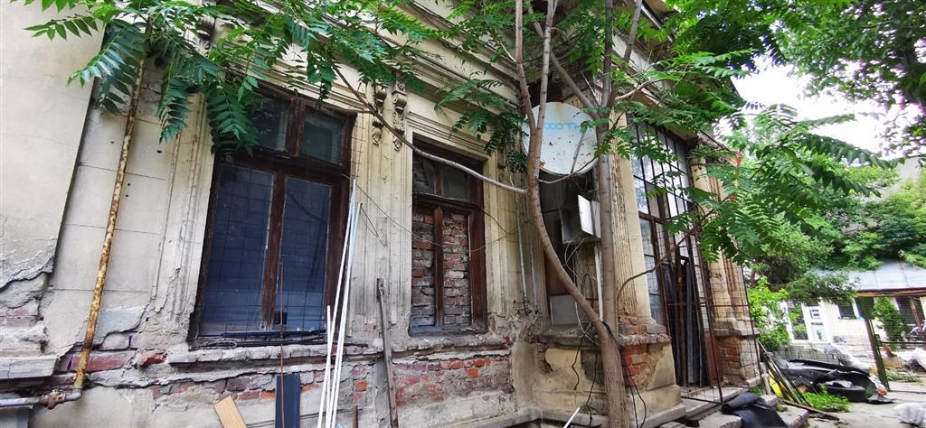 Casa, de vanzare, Traian