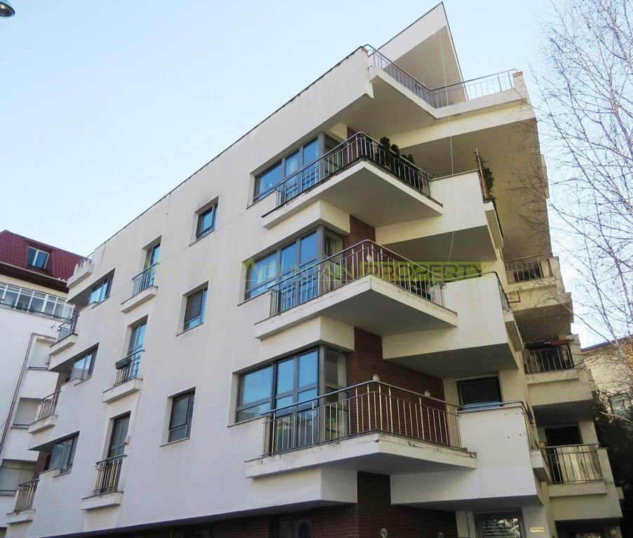 Three Bedroom Apartment For Rent: 3 Bedroom Apartment For Rent In Herastrau