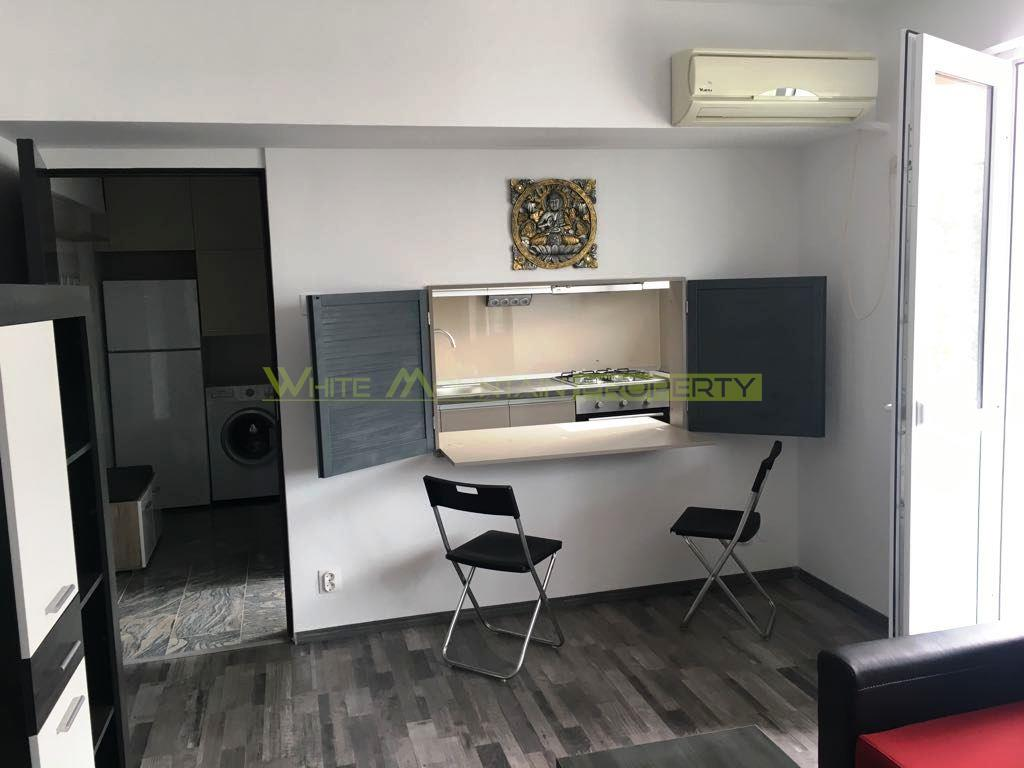 Renovated double - studio for rent in Calea Victoriei / Cismigiu with parking space