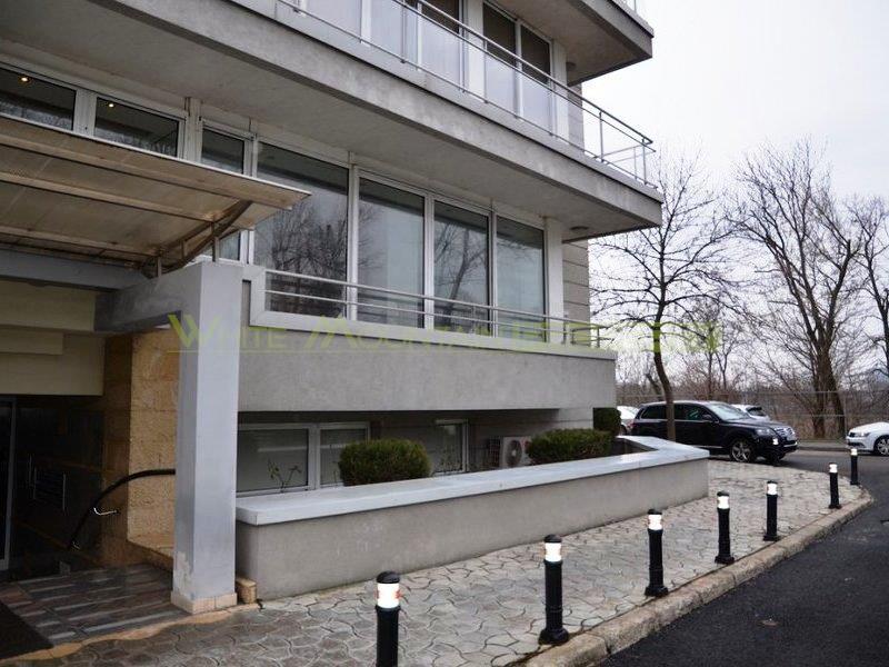 Apartament lux 5 camere de inchiriat in Primaverii