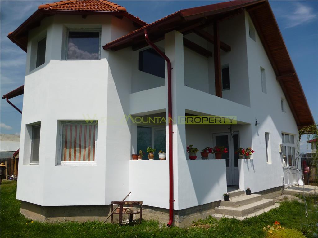 Casa nou construita Carpinis, Brasov
