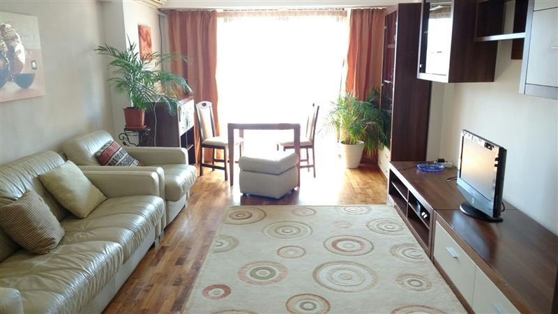 3 Bedroom Apartment for sale in Unirii Square