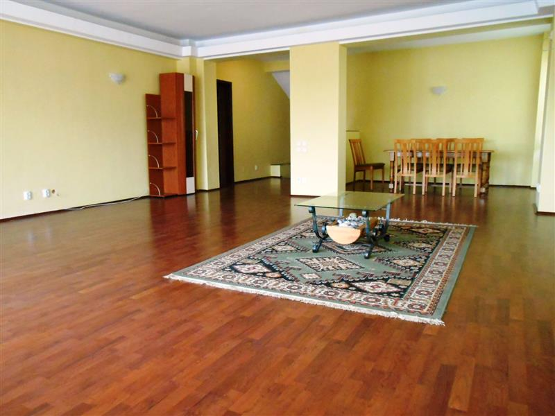 3 Bedroom apartment for rent, Polona