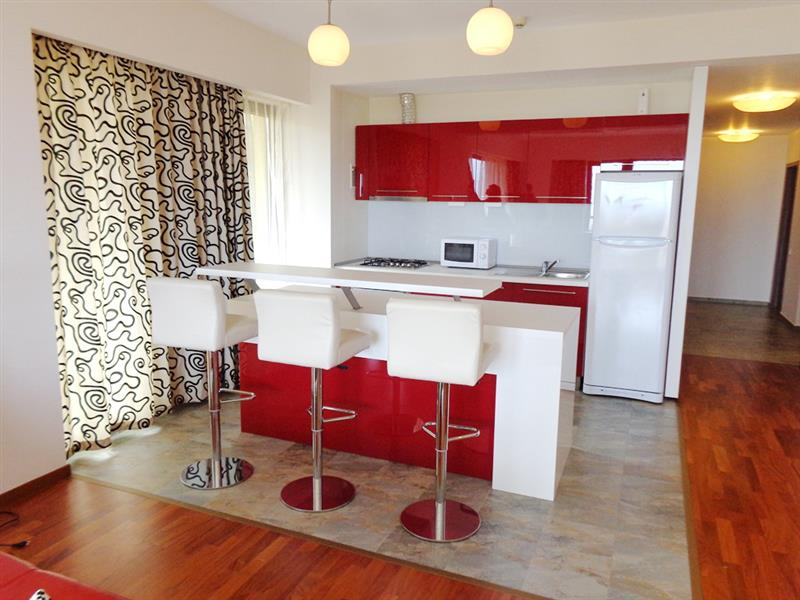 Cosy and intimate one bedroom apartment for rent in Bellevue Residence - large terrace