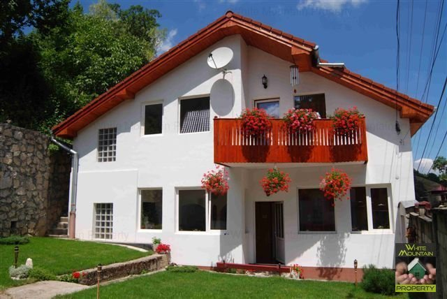 Casa exceptionala de inchiriat in Schei