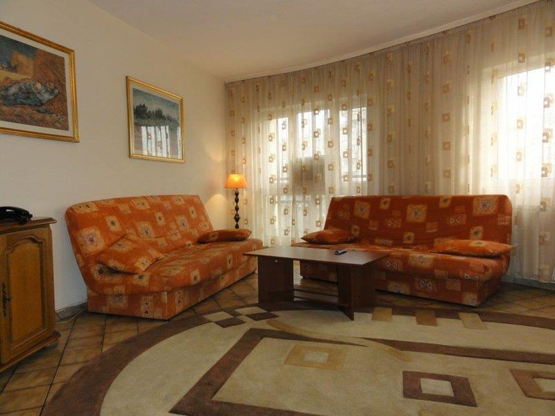 Coposu boulevard two bedrooms apartment for rent