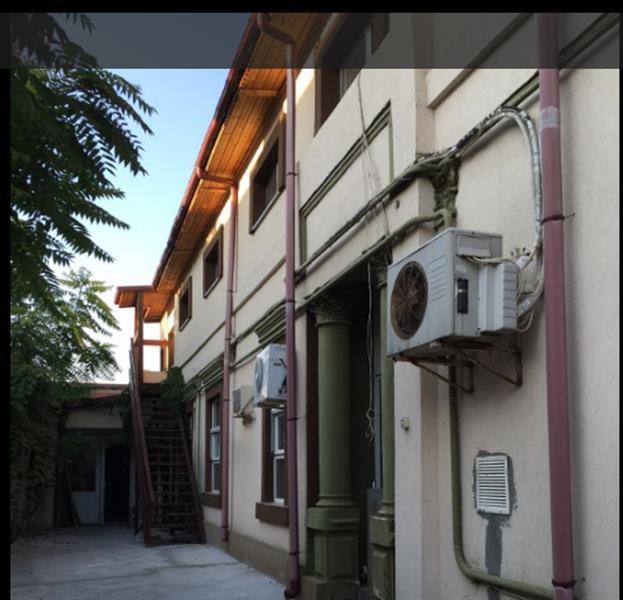 Vila spre vanzare in zona Stefan cel Mare 350 mp
