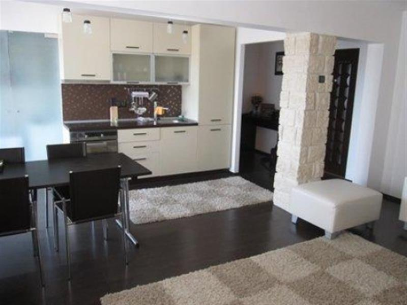 Modern and bright two bedroom apartment for rent - White Mountain Property