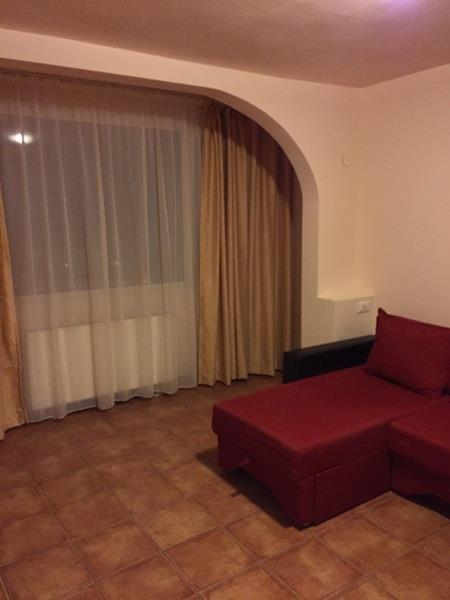 Sunny One Bedroom Apartment for rent in Unirii