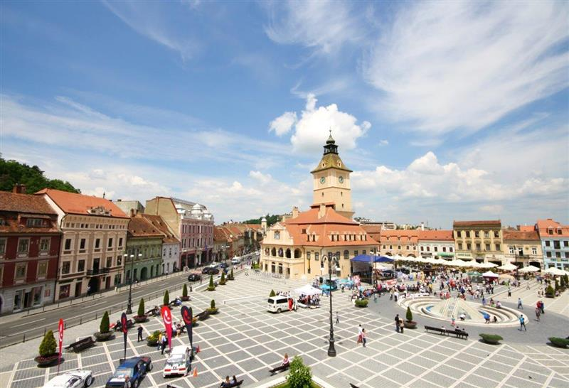 Luxury one bedroom apartment for rent, Brasov Historic Centre - White Mountain Property