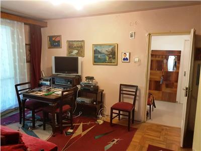 Apartament 3 camere de vanzare in Dristor