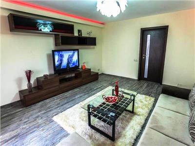 Apartament 3 Camere de inchiriat in Unirii