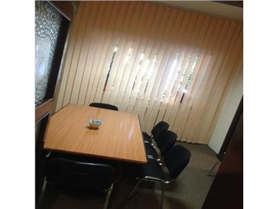 Apartament pretabil pentru activitati de birou in zona Eroilor