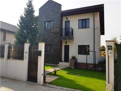Amazing Villa with swimming pool in a residential area