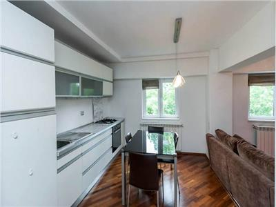Modern 2 bedrooms flat in a central area