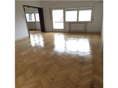 For rent, 4 room apartment, suitable for office, Pta Victoriei