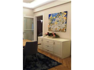 Luxurious 3 Bedroom Apartment for rent in Universitate