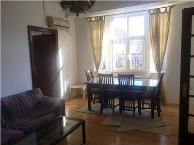Apartament cu 3 camere de inchiriat in Piata Unirii (1 min metrou)