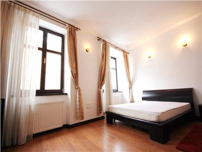 Spacious 2 bedroom apartment for rent in the Historic Centre of Brasov