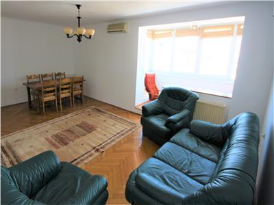Apartament de inchiriat 4 camere zona Onix