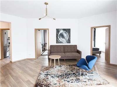Apartament de lux cu 3 camere de inchiriat in Brasovul Vechi - prima inchiriere