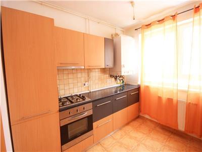 Apartament cu 3 camere de inchiriat in Avantgarden 1 - pretabil birouri