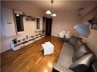 Apartament 3 camere de inchiriat in Victoriei