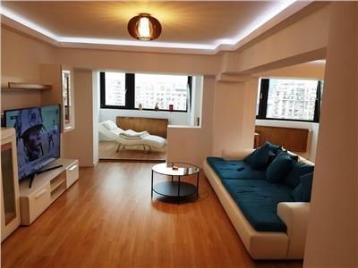 Apartament 3 camere de inchiriat in Bd. Unirii