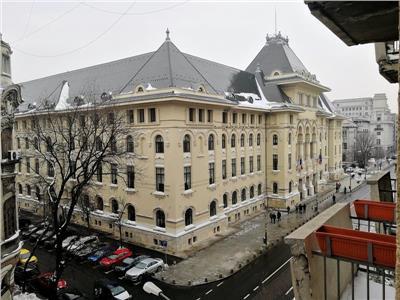 Apartament superb 3 camere de vanzare in Cismigiu