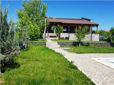Vila vedere lac, cu piscina de vanzare in Balotesti, Ilfov