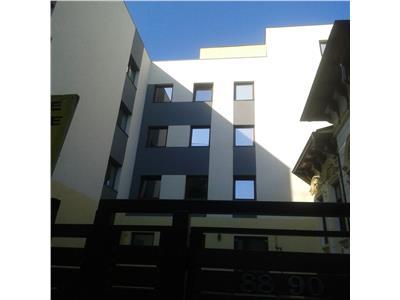 Apartament cu 120 mp Gradina Zona Romana