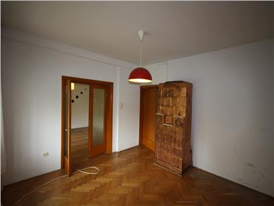 For sale, 2 bedroom apartment, Blvd Averescu