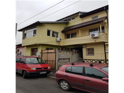 Special villa divided in 4 studios and 1 bedroom apartment plus terrace and yard in Carol Park area - great investment