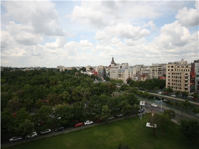 Apartament cu 3 camere de inchiriat pretabil Office In Bdul Libertatii Izvor