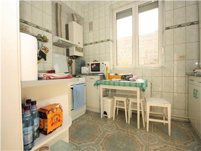 Apartament de vanzare in zona Parc Bazilescu