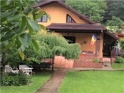 Vanzare casa, 4+ camere Vaduri, jud Neamt