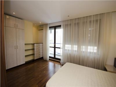 2 bedroom apartment near Arcul de Triumf