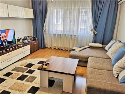 Two bedroom apartment for sale in Vitan -  Mihai Bravu
