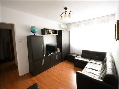 Apartament cu 3 camere de vanzare in Drumul Taberei