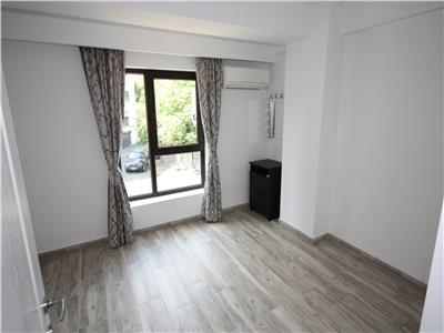 For rent, 3 room Office, Strada Eminescu